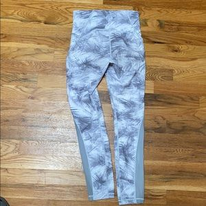 Lululemon Wunder Under 7/8 Full-On Luxtreme